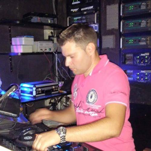 Chakko DJ. Locos X El Dance